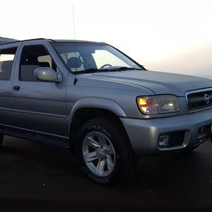 Silver Nissan Pathfinder 2003 for sale