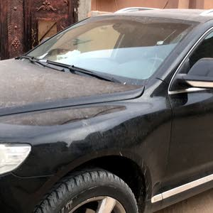Volkswagen Touareg made in 2010 for sale