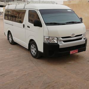 Used condition Toyota Hiace 2014 with 10,000 - 19,999 km mileage