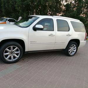 Available for sale! 10,000 - 19,999 km mileage GMC Yukon 2011