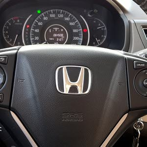 Honda CR-V Expatriate driven good condition ,Sunroof, reverse camera,  tyre