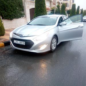 Automatic Hyundai 2015 for sale - New - Amman city