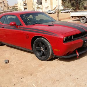 Automatic Red Dodge 2013 for sale