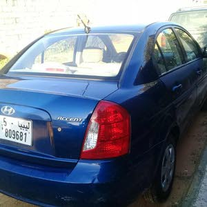 For sale Used Accent - Automatic