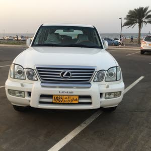 Used condition Lexus LX 2006 with +200,000 km mileage