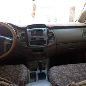 White Toyota Innova 2012 for sale