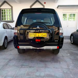 Black Mitsubishi Pajero 2013 for sale