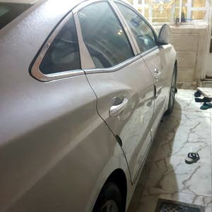 40,000 - 49,999 km Hyundai Azera 2015 for sale
