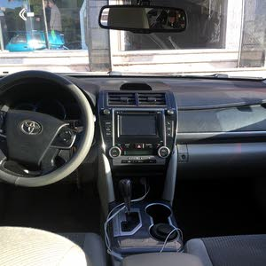 Toyota Camry 2013 For sale - Green color