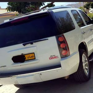 Available for sale! +200,000 km mileage GMC Yukon 2008