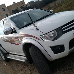 White Mitsubishi L200 2014 for sale
