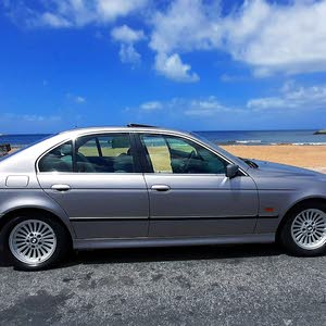 BMW 523        فينس واحد   موديل 1998
