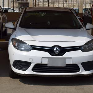 Automatic White Renault 2015 for sale