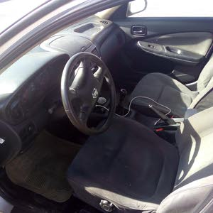 Manual Beige Nissan 2004 for sale