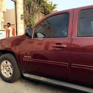 Used condition Chevrolet Tahoe 2010 with +200,000 km mileage