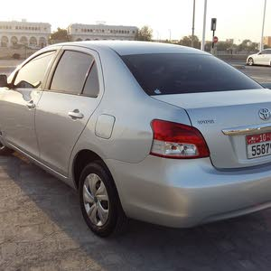 Yaris  2009, 100 % genuine and no accident  .Service hiatory