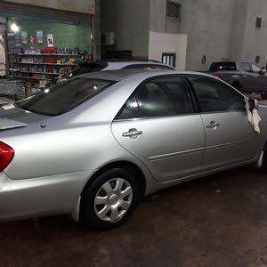 Toyota Camry 2004 For sale - Silver color
