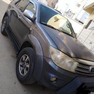 Gasoline Fuel/Power   Toyota Fortuner 2011