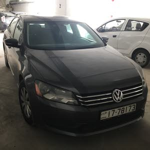 Grey Volkswagen Passat 2013 for sale