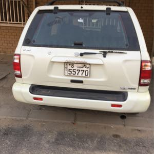 Nissan Pathfinder 2003 For sale - Gold color