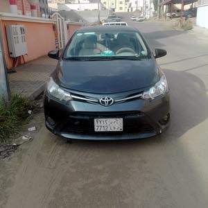 Toyota Yaris 2015 For sale - Black color