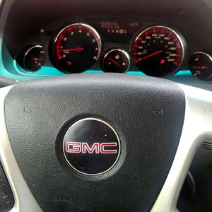 Automatic White GMC 2008 for sale