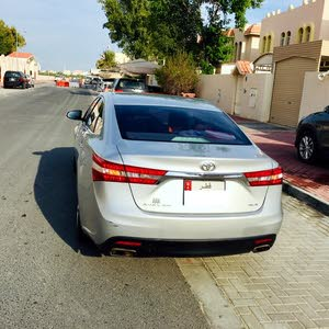 For sale Toyota Avalon car in Doha