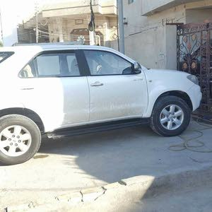 Fortuner 2011 - Used Automatic transmission