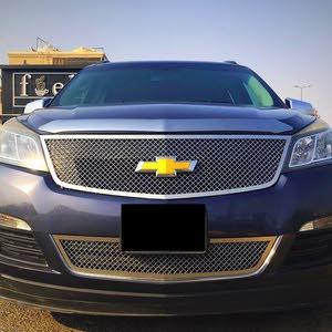 للبيع سيارة شوفرليت ترافيرس 2013 LS لون رمادي