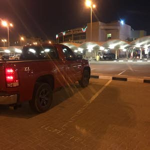 GMC Sierra car for sale 2013 in Mubarak Al-Kabeer city