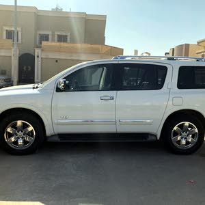 2014 Nissan Armada LE in Excellent condition. Full options
