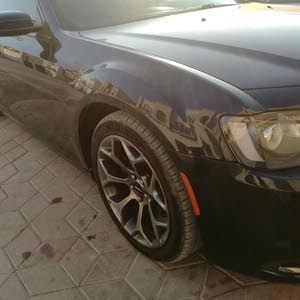 Gasoline Fuel/Power   Chrysler 300C 2016