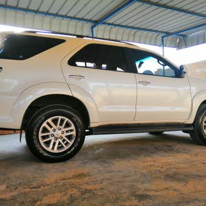 White Toyota Fortuner 2014 for sale
