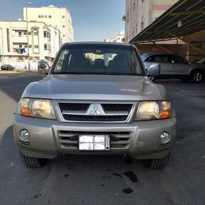 Mitsubishi Pajero 2005 For sale - Gold color