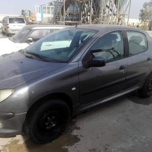 Silver Peugeot 206 2008 for sale
