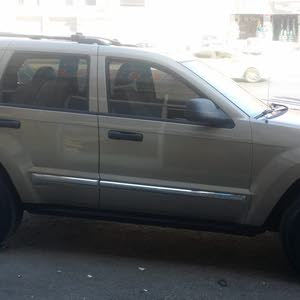 Grey Jeep Cherokee 2005 for sale