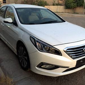 White Hyundai Sonata 2017 for sale