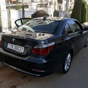 BMW 520I 2008