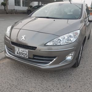 Automatic Peugeot 2014 for sale - Used - Kuwait City city
