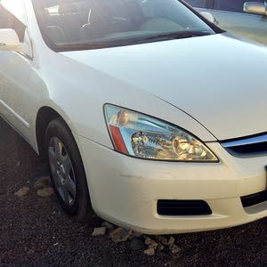 Honda Accord 2007 For sale - White color