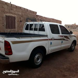 2008 Used Hilux with Manual transmission is available for sale