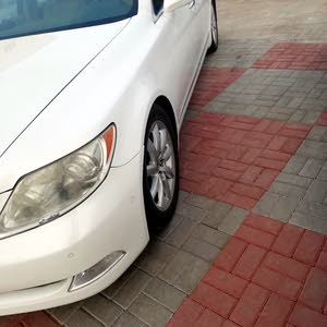 Used condition Lexus LS 2007 with 110,000 - 119,999 km mileage