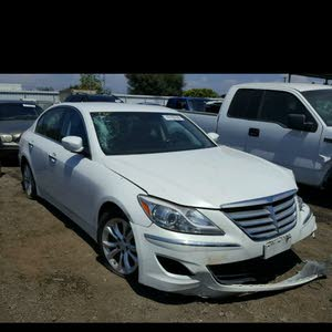 Hyundai Genesis 2013 For sale - White color