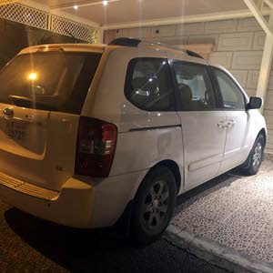 2009 Used Carnival with Automatic transmission is available for sale
