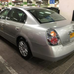 For sale 2007 Grey Altima