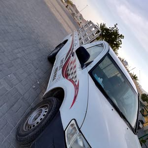 Mitsubishi L200 2013 For sale - White color