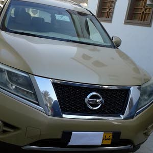 10,000 - 19,999 km Nissan Pathfinder 2014 for sale
