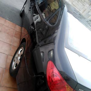 +200,000 km mileage Hyundai Elantra for sale