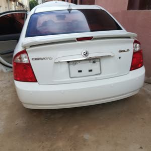 White Kia Sorento 2006 for sale