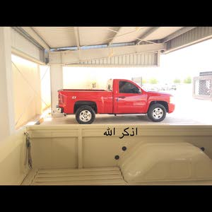 Used condition Chevrolet Silverado 2011 with +200,000 km mileage